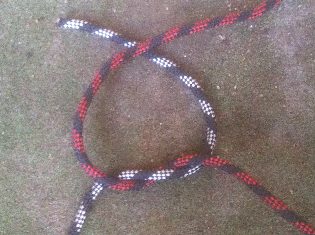 Square Knot - step 3