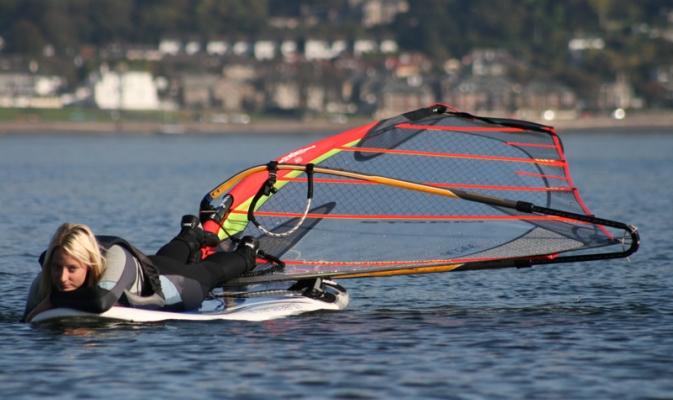 No wind Return with Windsurfer