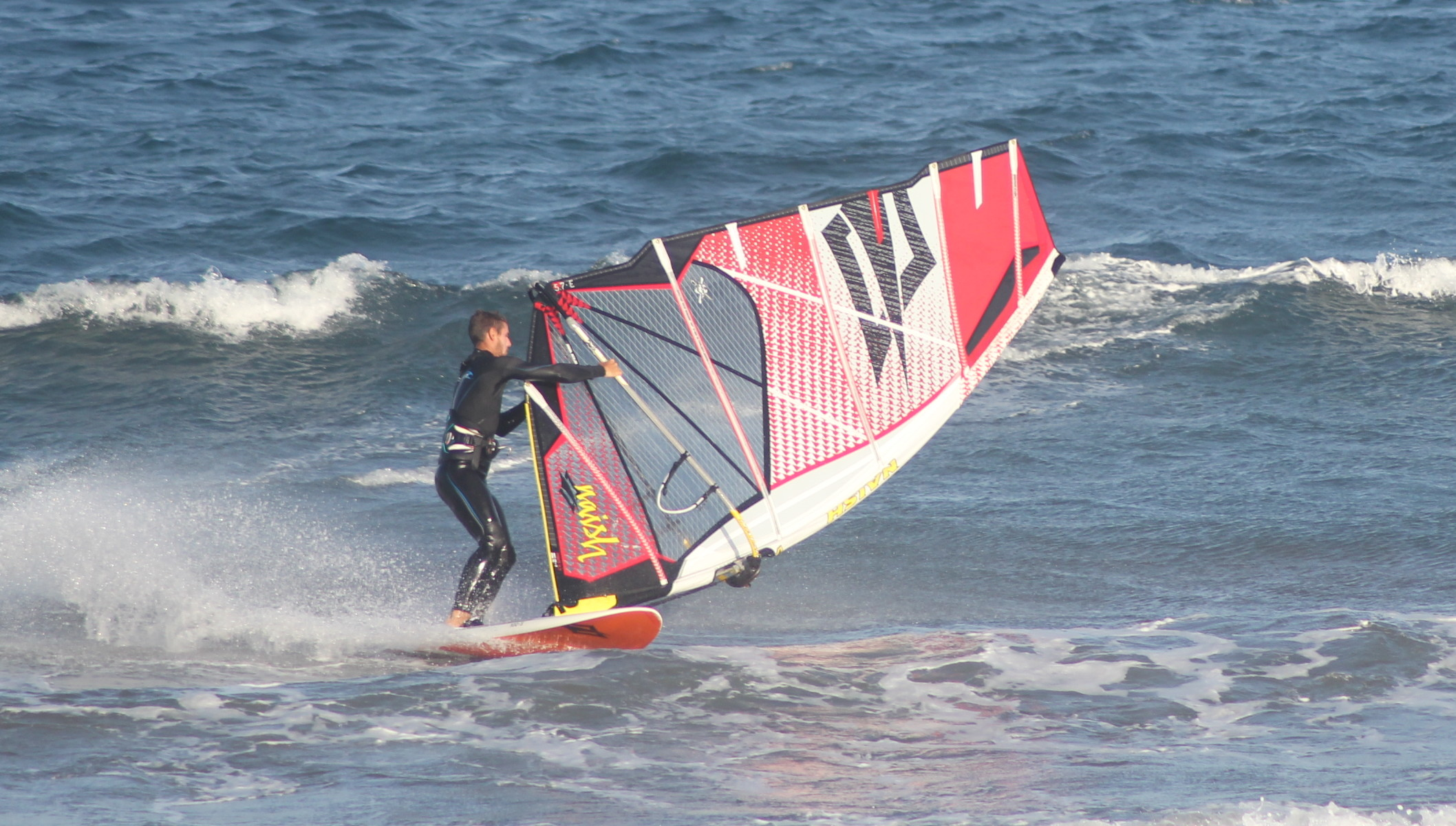 How to Windsurf – The Duck Gybe